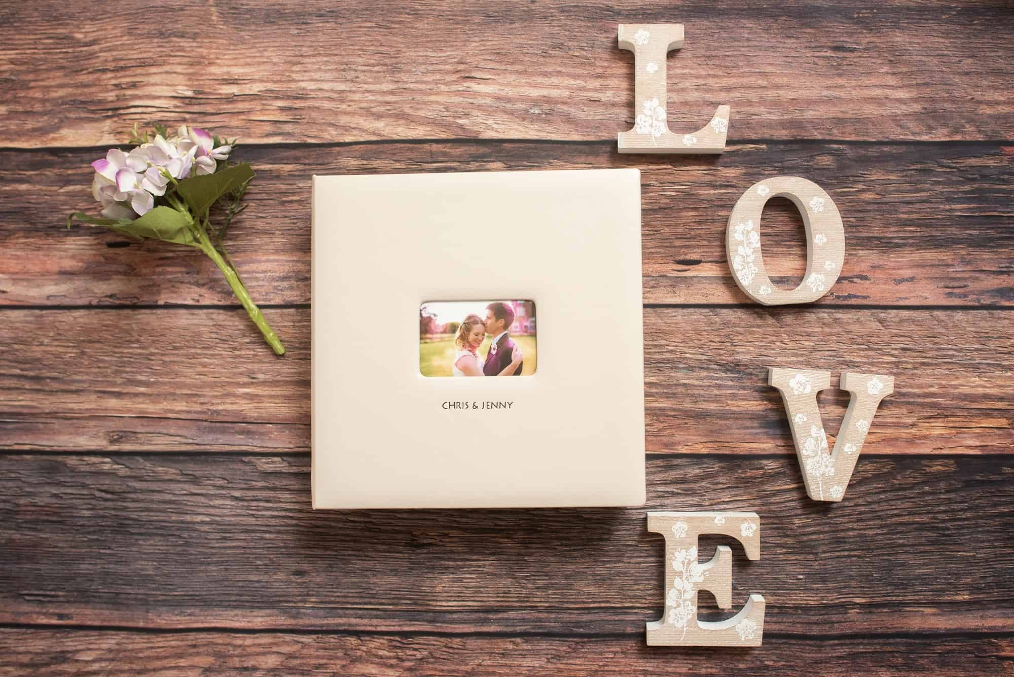 Wedding albums products, bespoke and made to your own design. Great for a gift. Cream faux leather album with matching box
